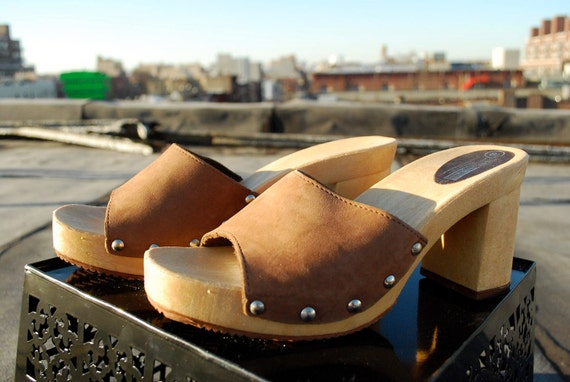 Brown Leather Studded Clog Style Platforms size 8.5