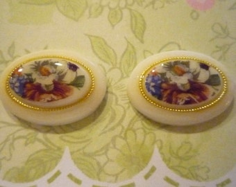 Vintage Decal Picture Stones -  Floral Bouquet on Gold Rimmed Cameos - 25 X 18mm Cabochons - Qty 2
