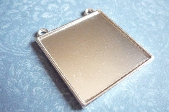 30% OFF SALE: Simple Large Square Silver Pendant for Image Photo Settings - Qty 1