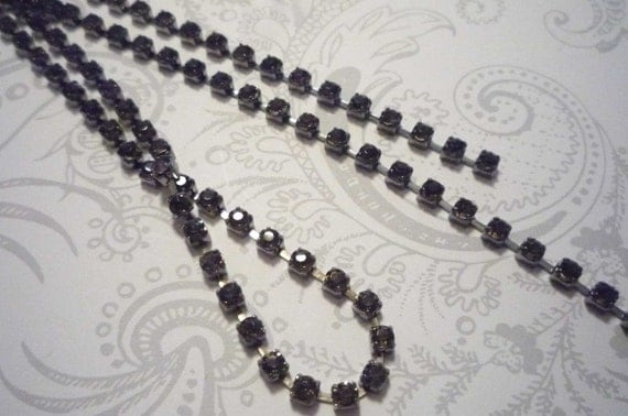 GunMetal & 3mm Smoke Gray Rhinestone Chain 32 inches with 8 Connectors