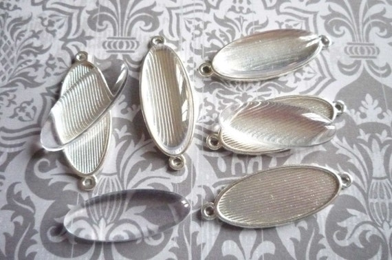 Simple Silver Oval Image Photo Settings & 2 Loop Connectors, Pendants with Matching Bubble Top Cabochons - Qty 5 Bezels with 5 Bubble Tops