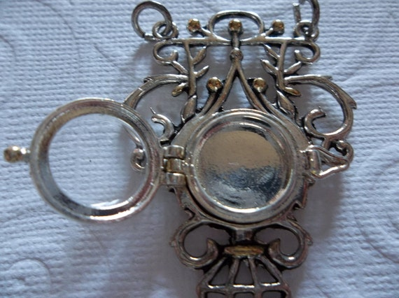 Silver Trellis Pendant with 15mm Round Center Locket and Transparent Lid - Qty 1