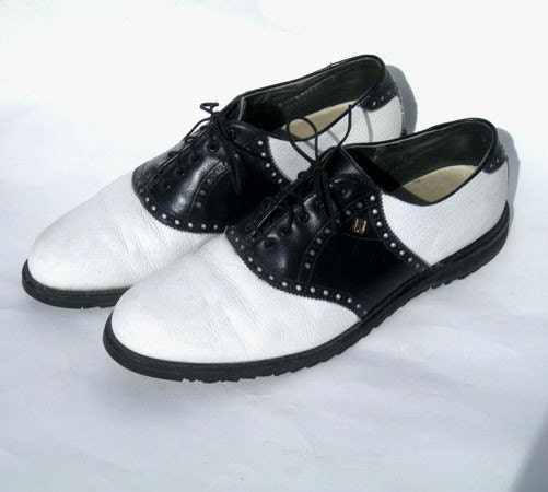 vintage s saddle shoes oxfords black and white 11b