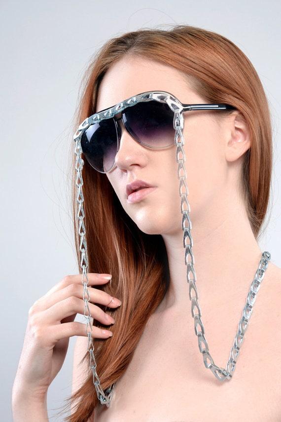 Big round sunglasses with a Zinc Plated Sash Chain - custom sunglasses - eyewear - personalized sunglasses - metal - fashion - novelty