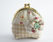 Spring // Coin Purse // Blossom // Beige