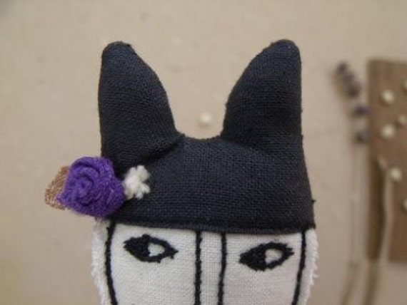 Mr. Fox with a violet on the hat- art fiber frooch