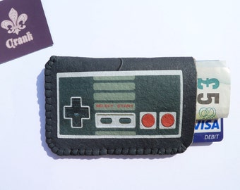 Retro Video Game Controller Gift Card Case Fits Business Debit and Credit cards