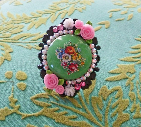 Vintage lolita PINK and GREEN retro mosaic flower springtime picnic Cameo Ring with roses sparkly sweet AB Swarovski rhinestones