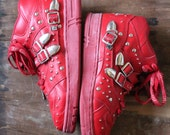 """Vintage 80's Rare limited editionRed Michael Jackson """"Bad"""" High top L.A. Gear with studs and buckles in size 9"""