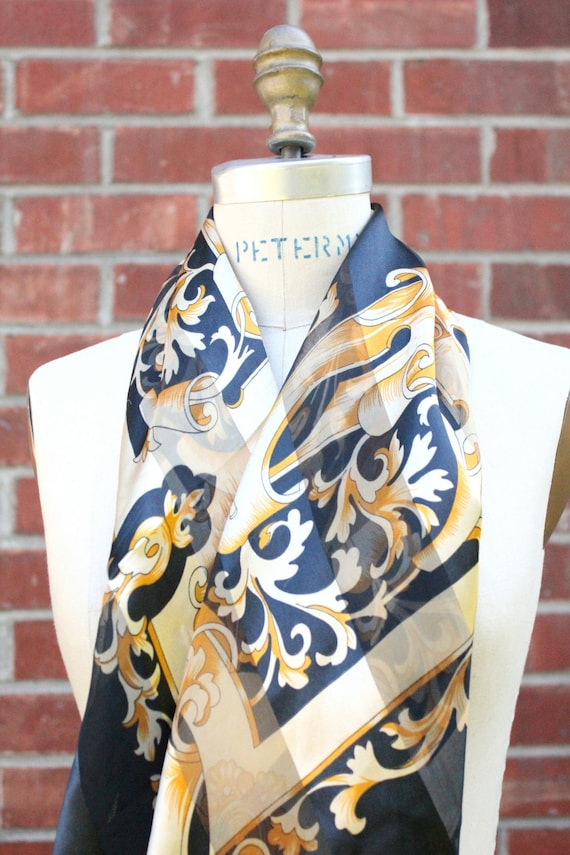 Vintage 90's gold and black Scarf