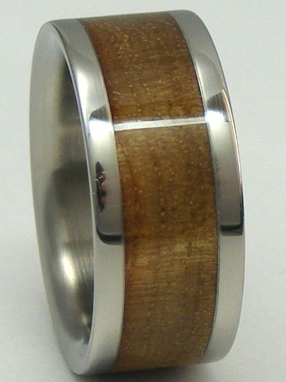Titanium Wedding Band Inlaid with Curly Pyinma Wood Rings Available for Men or Ladies Size 4 5 6 7 8 9 10 11 12 13 14 15 16 17 Bands