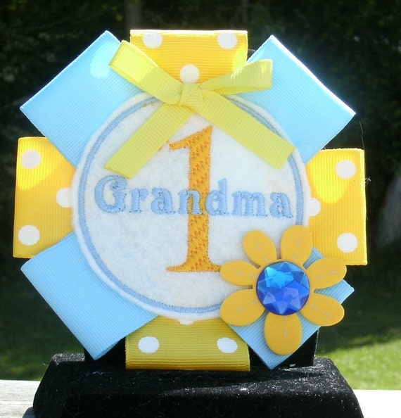 SALE Number One Grandma pin back badge great for mothers day