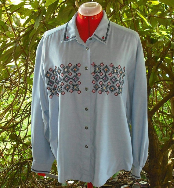 Light Blue Chambray Embroidered Shirt Blouse Cotton Polyester Rayon Button Front Cuffs Long Sleeves Large Womens Casual Upcycle Recycle