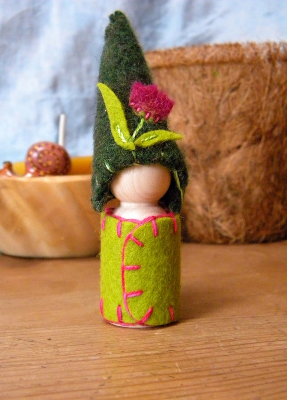 Waldorf Gnome, Waldorf Peg Doll, Tulip Doll, flower, Upcycled, Wool Felt, Waldorf Natural Toy
