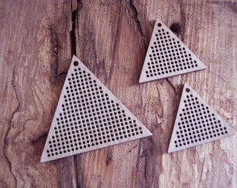 DO IT YOURSELF. Wood Needlecraft Pendant, Brooch, Necklace or Earring -3 pieces Blanks Set-