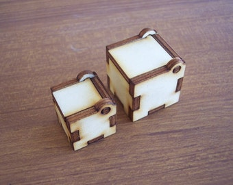 2 Miniatures Wood Boxes - 1 inch and 0.8 inch