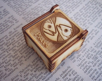 Secret Wood Box - Zodiac Collection - Pisces -