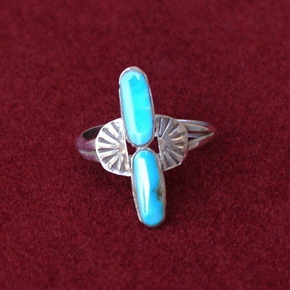 Turquoise and Silver Ring, Southwestern, Size 8  - Vintage Handmade