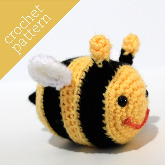 CROCHET PATTERN PDF - Amigurumi - Itty-Bitty Bee Pal