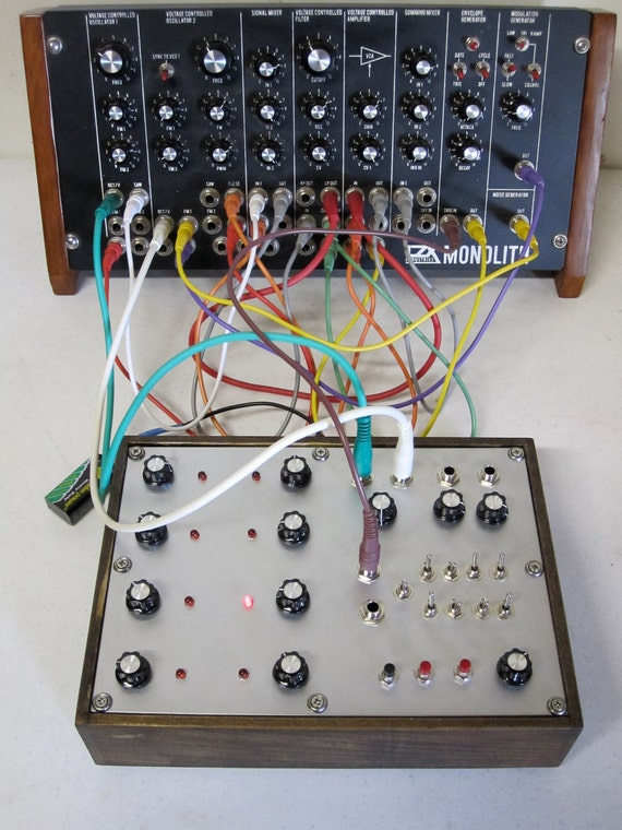 Super 8 // Analog Step Sequencer // CV Control Voltage // Modular Synth // Synthesizer