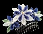 Lavender Purple and White Fabric Flower Hana Tsumami Kanzashi Hair Comb Ornament