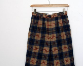 1980's Pendleton Camel and Navy Plaid Wool Shorts
