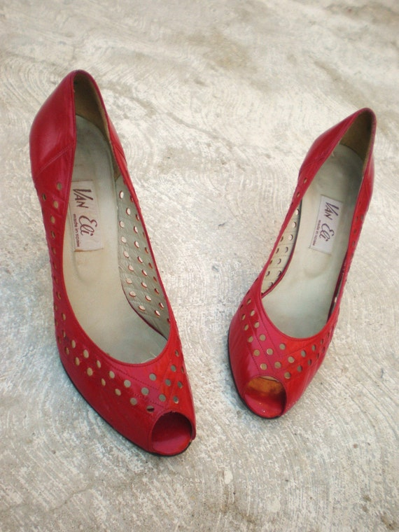 SALE 1980's Van Eli Red Peep-Toe Pumps