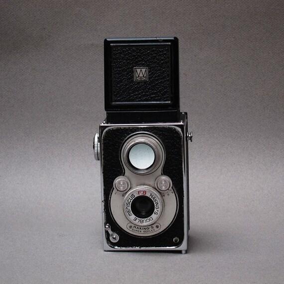 Halina Twin Lens Reflex Vintage Camera - 1960 - 120 Film  Shoot from the Hip