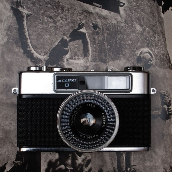 Yashica Minister III - 35mm Vintage Rangefinder Camera - 1963 - A Beauty