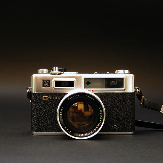 Yashica Electro 35 GS - 35mm Vintage Rangefinder Camera With Case - 1973