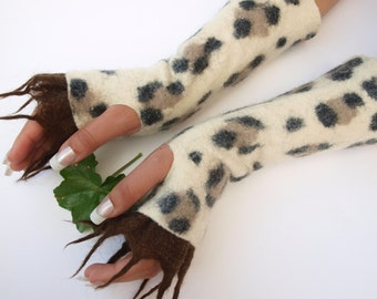 Fingerless gloves, Panther, hand felted, very warm, ready to ship