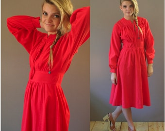Vintage 70s Feminine Red Dress