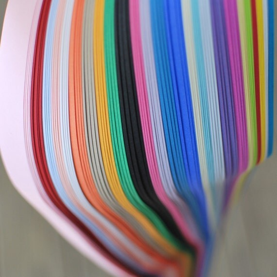 100 sheets of star paper in assorted shades - 3/4 inch wide