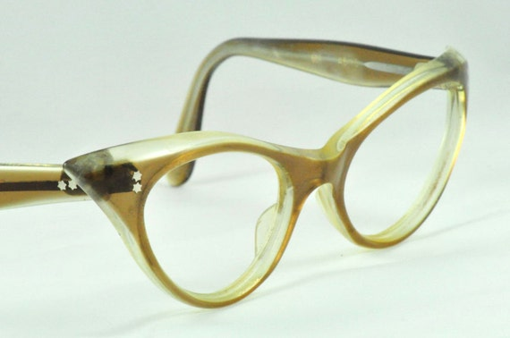 SWANK Classic Shape and Style Vintage Cat Eye Glasses,  Light Brown Fading to Clear, Simple and Classic