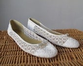 80s White Victorian Lace Flats shoes size 10M