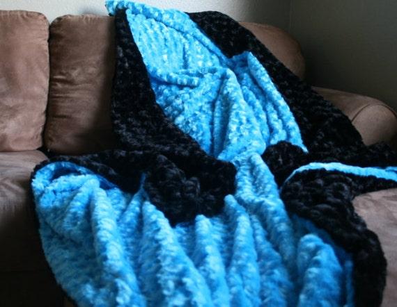 XL Turquoise and Black Swirl MInky Blanket