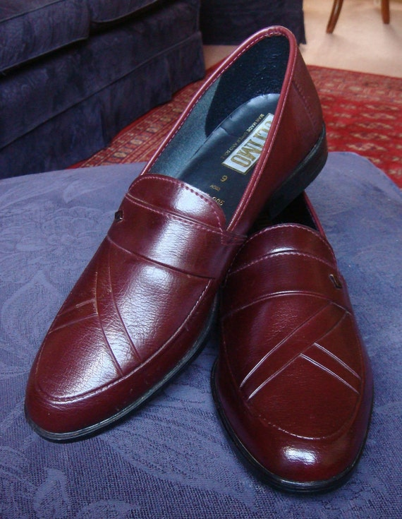 Suave burgundy loafers - Ultimo new old stock c.1980's - mens UK 9