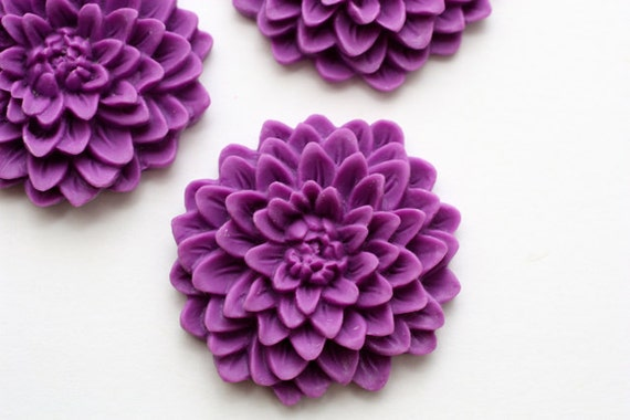 2 pcs Grape Blooming Chrysanthemum Flower Cabochons 32mm