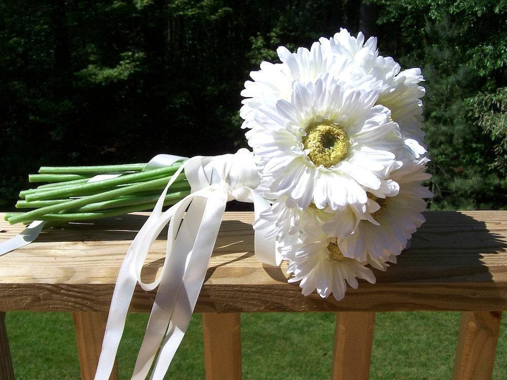 WHITE DAISY Gerbera Brides Wedding Bouquet By