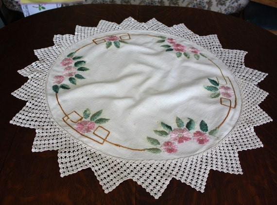 Antique Arts and Crafts Centerpiece Doily Silk Embroidered Roses 30 Inches