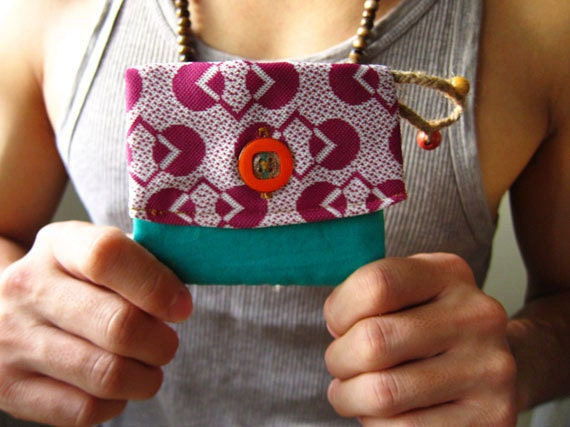 Purple Vintage Coin Purse /  Geometrical Retro Cardholder - Upcycled