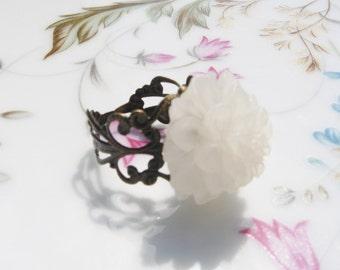 White Flower Brass Ring