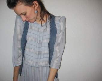 Striped and Pleated Gray Dress Pleats Stripes Geek Sheer Medium Large