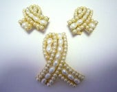 Trifari Pearl Ribbon Design Brooch and Earring Demi (signed)