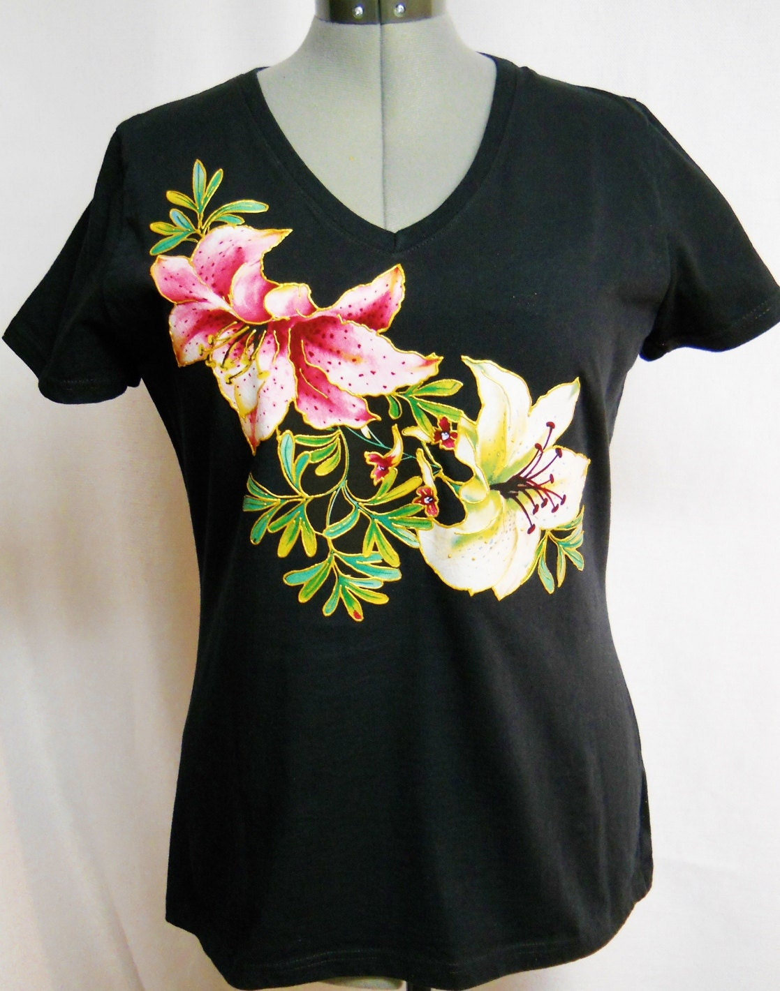 Women 39 s spring black tee shirt custom floral hand painted for How to paint on t shirt