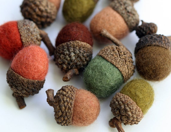 Felted Wool Acorns in shades green and brown - Set of 6