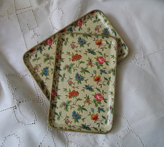 Vintage Papier Paper Mache Trays Floral Chintz Retro Pair Collectible Home Decor