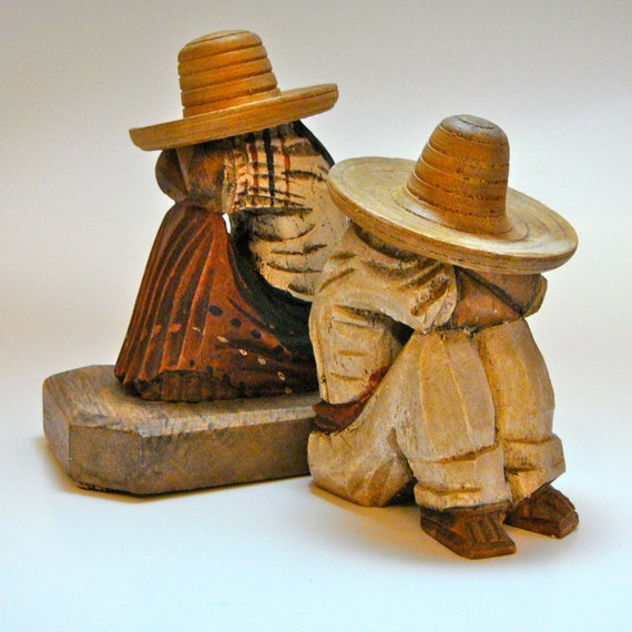 Hand Carved Wooden Mexican Peasants Sombrero Bookends Siesta