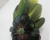 PRIVATE LISTING Green Polly for SILVERTWILIGHT -  Macaw feather fascinator or brooch