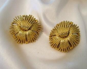 Clip Earrings Monet Signed Gold Tone Fringe Pattern Costume Jewelry